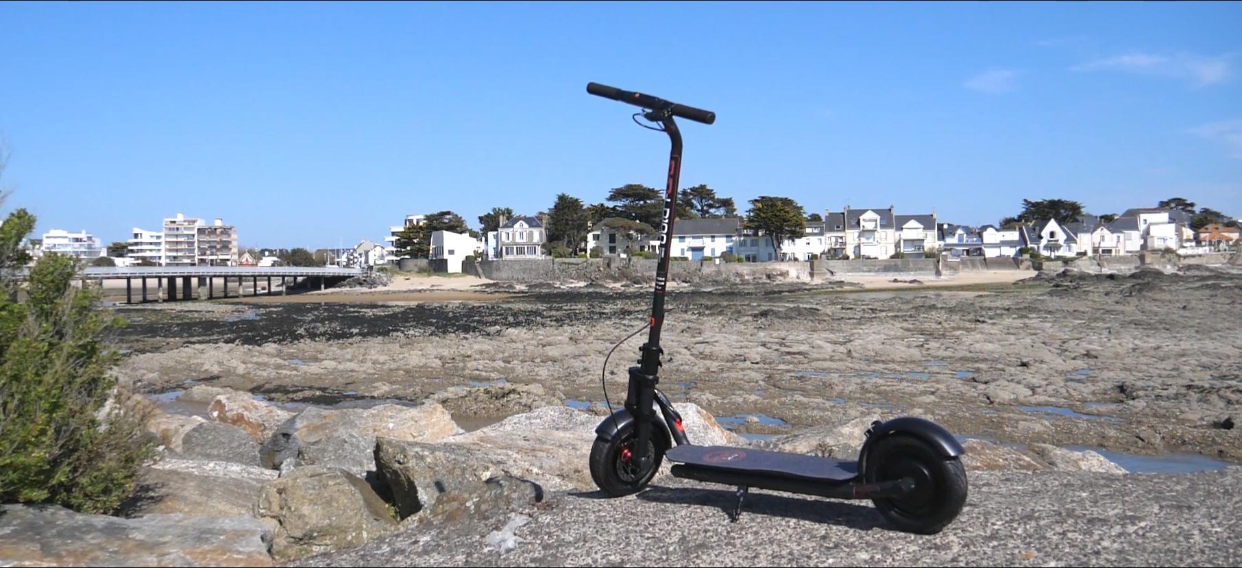 trottinette électrique Evo-LD100 est parfaite pour rouler sur des longues distances avec son confort et sa grande autonomie